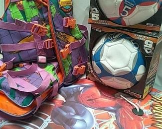https://connect.invaluable.com/randr/auction-lot/2-boogie-boards-2-soccer-balls-2-childs-life_AE0407893B