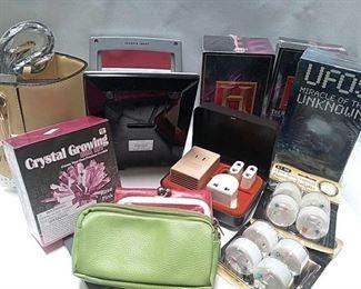 https://connect.invaluable.com/randr/auction-lot/new-flameless-tea-light-crystal-growing-box-kits_FA845D6B27
