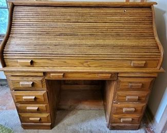 Wooden Antique Roll Top Desk.