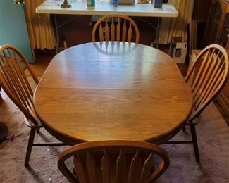 Oak Dining Room with 4 Chairs Made in Taiwan