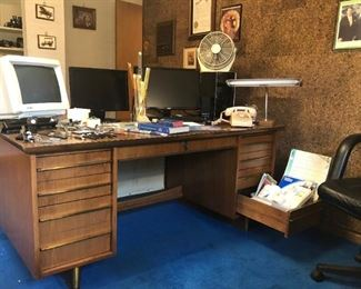 """Executive desk, 66""""X34"""""""