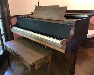 Early STEINWAY & SONS BABY GRAND PIANO