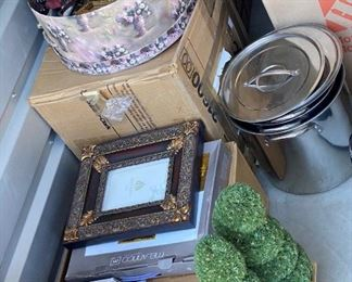 https://www.storagetreasures.com/auctions/detail/1052535