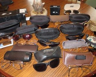 Nice collection of sunglasses - Lots of Oakleys!!