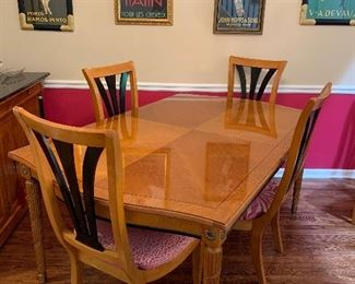 Dining Table w/2 Leafs 8 Chairs