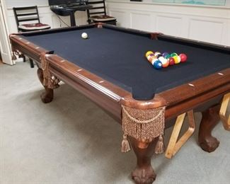 Beautiful American Heritage 7' pool table