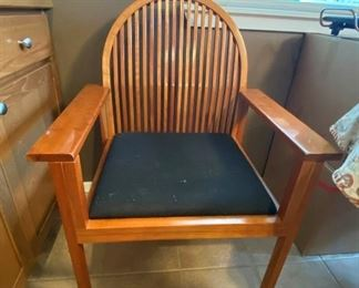 004 Four Charlotte Co Guest Chairs