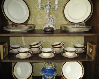 Gilded rim dish set