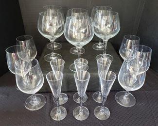 https://ctbids.com/#!/description/share/422384 Qty 18 Stölzle Lausitz Glassware Set. 18 Count Liqueur, Wine and Water Glasses.