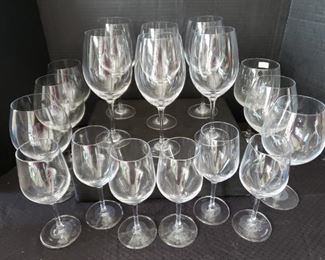 https://ctbids.com/#!/description/share/422424 Qty 18 Stölzle Lausitz Wine Glasses