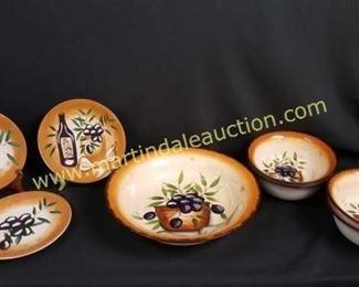 Ceramic salad bowls set