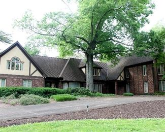 Massive 7,000 sq. ft. house loaded with treasures!