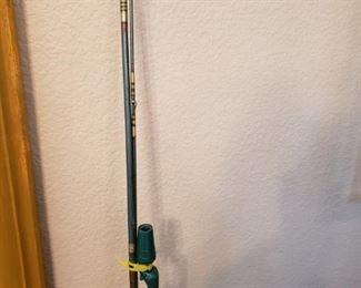 Lot 51   Vintage Great Lakes fishing rod 3pc   $10
