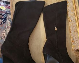 Lot 83   Fine Italian Suede Boots   Davos Gomma Original price 595....Yours for $75