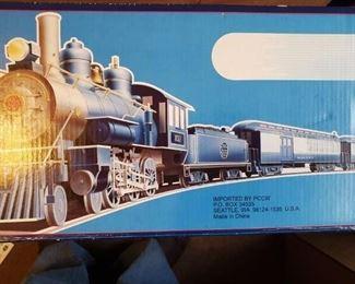 Lot 102   New in Box G Scale Bachmann Train  Set  $150