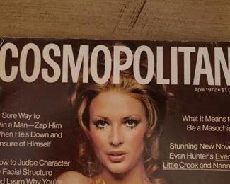 Lot 119   Famous 1972 Burt Reynolds Cosmo Magazine- Great Condition    $30