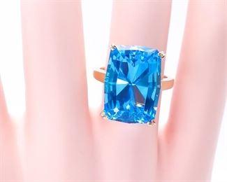 Breathtaking 19+ Blue Topaz Estate Ring in 14k Yellow Gold