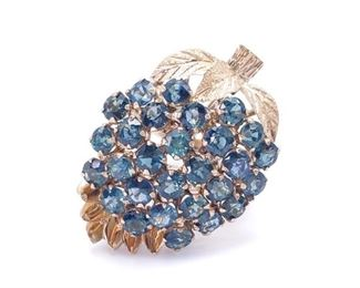 Ladies Sapphire Cluster Estate Ring in 14k Yellow Gold