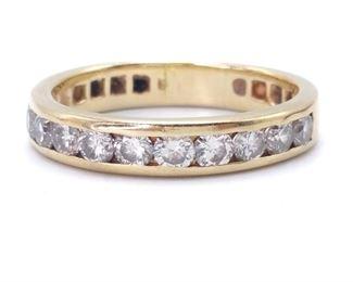 Beautiful Diamond Estate Ring in 14k Yellow Gold