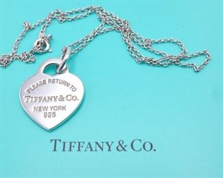 """Tiffany & Co """"Please Return to Tiffany & Co"""" Heart Necklace in Sterling Silver"""