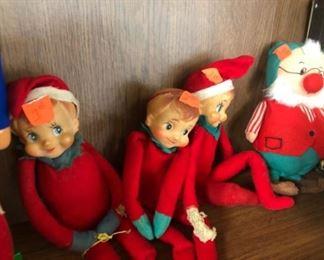 knee hugger elves