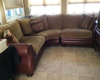 Sectional Sofa 500