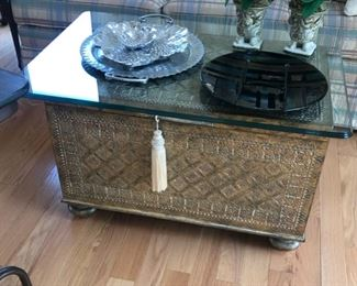 https://caitsonline.com/collections/fawn-creek-orland-park/products/trunk-table-with-glass-top