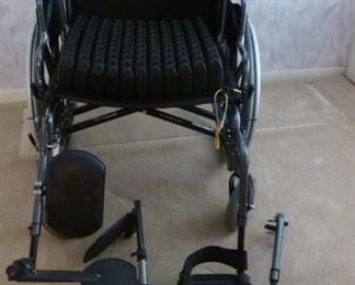 Heavy Duty - Large - Wheelchair with 2 sets of Leg rests