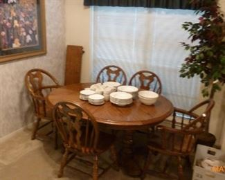 Dining Set - 2 leaves - 5 chairs