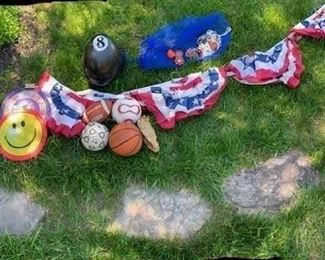 Miscellaneous Outdoor Sporting Equipment and Decorations $22