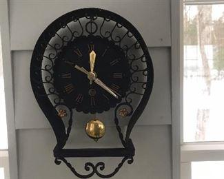 Heibi clock