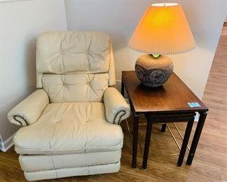 Flexsteel leather recliner