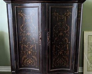 Second Armoire