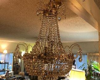 chandelier amazing