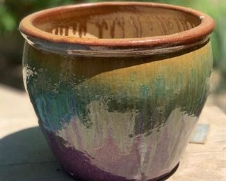 lg Ceramic Drip Glaze Pot/Planter #1	15in H x 19in Diameter		AH130