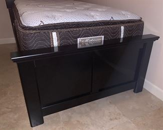 #2 Ashley Furniture Black Twin Bed	53x43x79in	HxWxD	AH171
