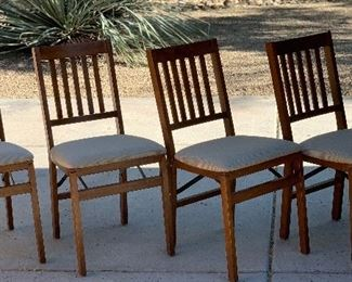 4pc Stakmore Harwood Folding Chairs	34x17x20in seat Height 18.5in	HxWxD	AH172
