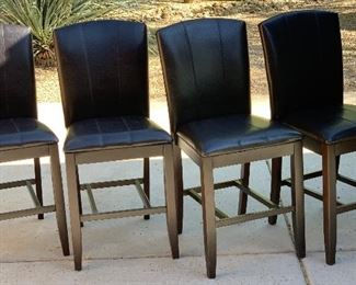 4pc Ashley Furniture Naomi 24in Faux Leather Counter Height Chairs	40x19x22in seat height: 24in	HxWxD	AH173