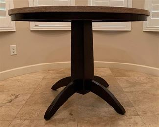 Ashley Furniture Naomi Faux Stone Top Table & 4 chairs	30in H x 42in Diameter		AH184