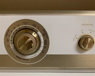 DAH324	Maytag Electric Dryer Front Load RONTMED5707TQ0