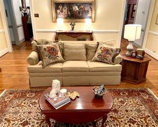 Ethan Allen sleeper sofa in LIKE NEW condition. The throw pillow will make you weep they are so pretty and the rug...DIVINE!