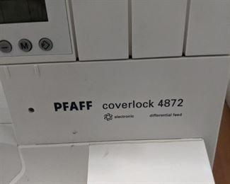 Pfaff coverlock 4872