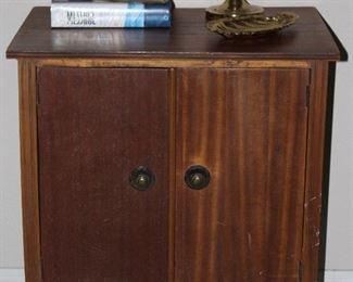 """Vintage Mahogany 2-Door  Record Cabinet  (27""""H x 24""""W x 17""""D)"""
