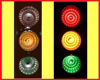 Bar Top Stop Light in Working Order; Showing it Lit and Unlit; Flashes Too