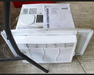 Window Air Conditioner in Great Condition