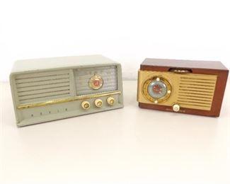 2 WORKING Art Deco Bakelite General Electric and Arvin Tube Radios