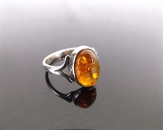 .925 Sterling Silver Amber Cabochon Ring Size 7
