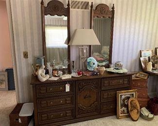 """#1 - $100 - Bassett Dresser w/ Mirrors - 70""""W x 19""""D x 31.5""""H (w/o mirrors) x 81.5""""H (w/ mirrors)"""