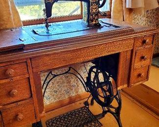 Antique foot pedal Demascus Grand