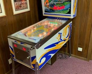 1976 Gottlieb SURF CHAMP Pinball Machine